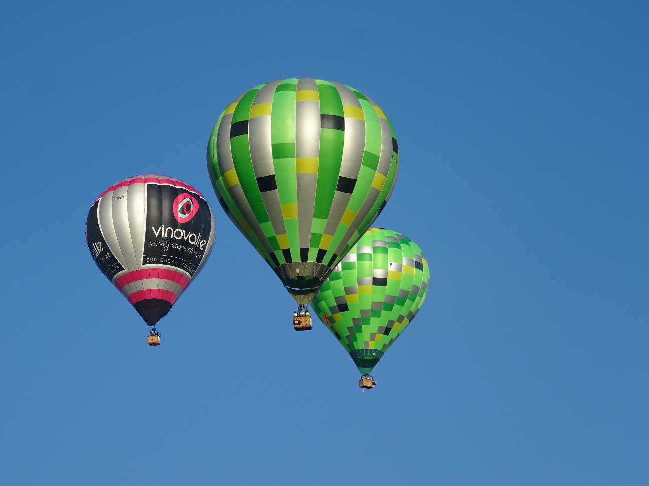 Flotte d'Atmosph'Air montgolfières occitanes dans le Tarn et Aveyron