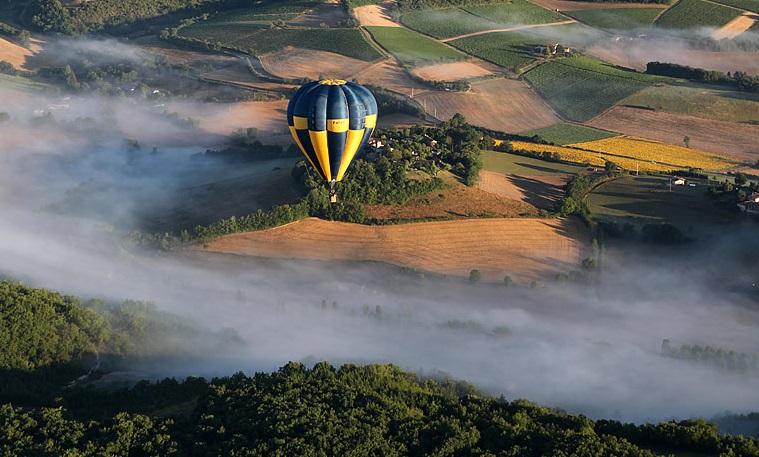 au grès du vent de Cordes sur Ciel avec Atmosph'Air montgolfières
