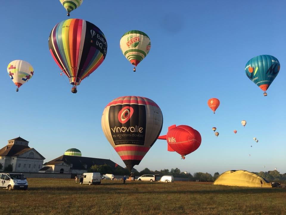 montgolfière publicitaire VINOVALIE